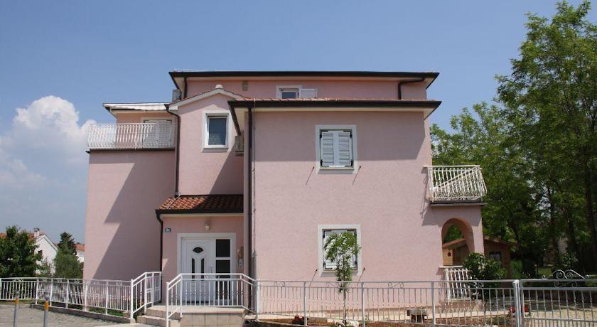online rezervacije Apartment Blazon Alma
