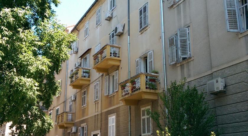 online rezervacije Apartment Blue Tree