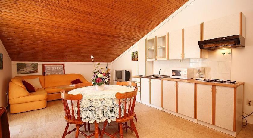 online rezervacije Apartment Carolina I