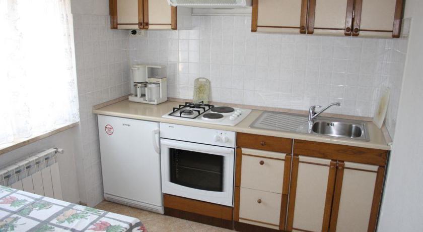 online rezervacije Apartment Creska 3H