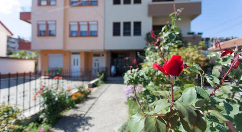 online rezervacije Angjeleski Apartments