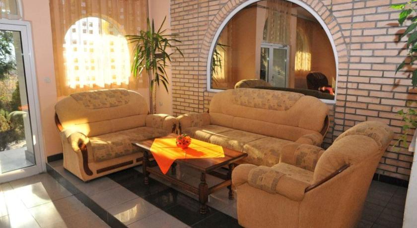 online rezervacije Centrobiznis 92 Hotel