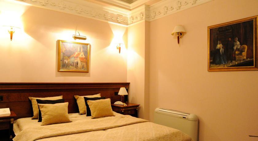 online rezervacije Elsa Hotel