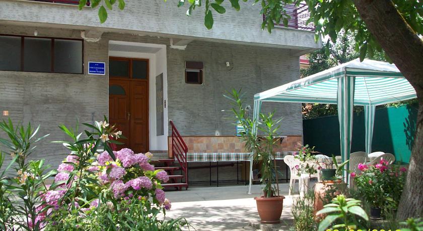 online rezervacije Gjorgi Apartments