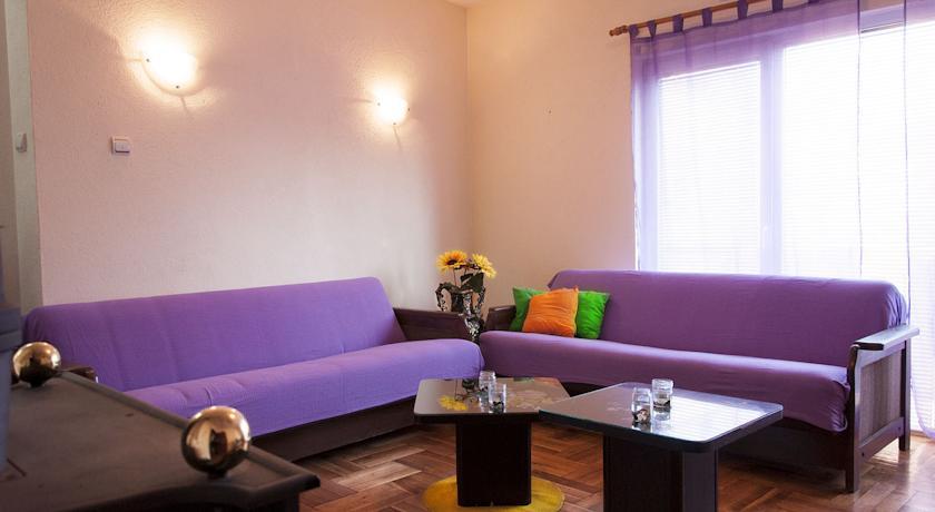 online rezervacije Goldy Hostel