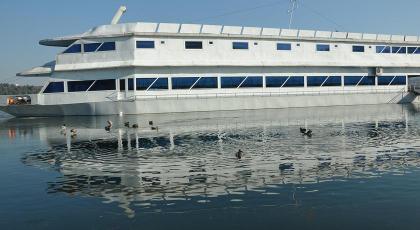 online rezervacije Hotel Brod Panini Veles