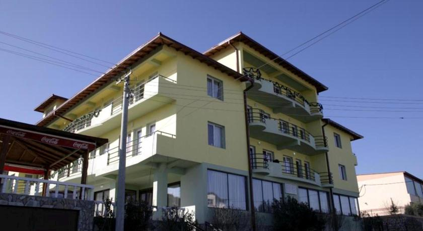 online rezervacije Hotel Istatov