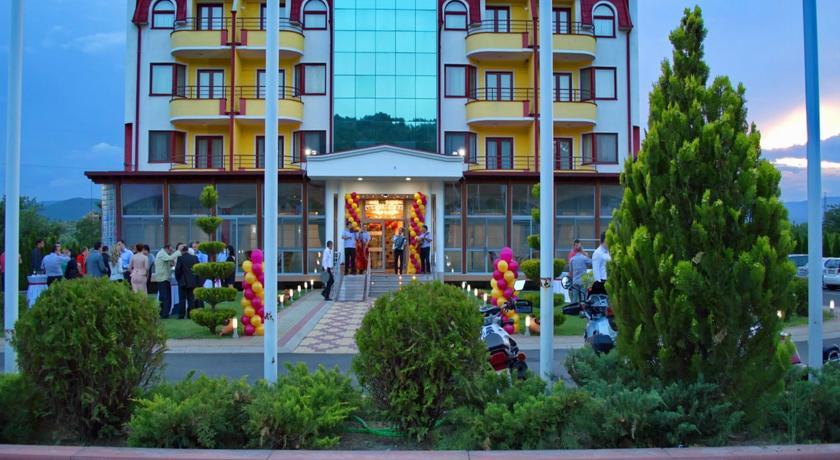 online rezervacije Hotel Nar