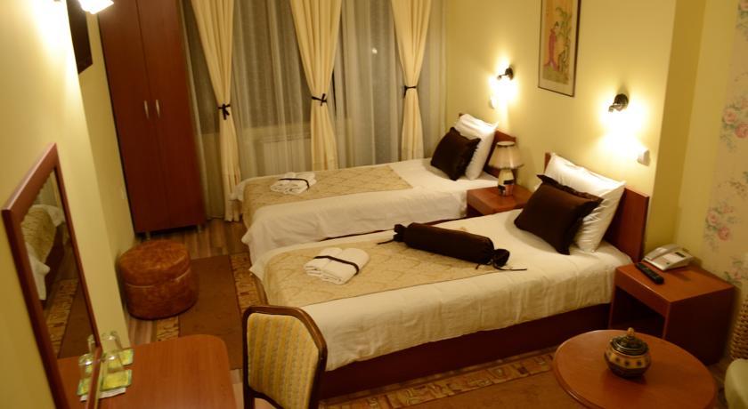 online rezervacije Hotel Pine