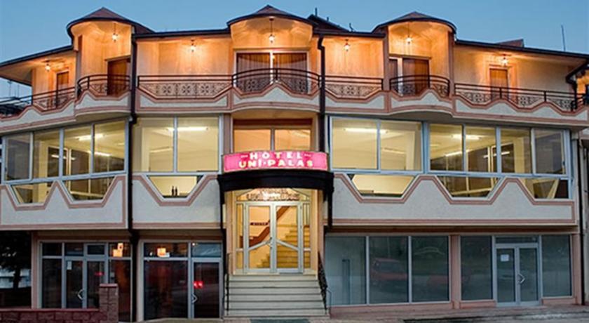 online rezervacije Hotel Uni Palas I