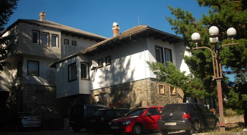 online rezervacije Neda Guest House