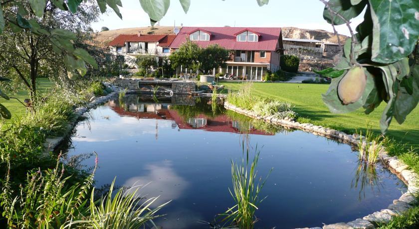 online rezervacije Oaza Inn