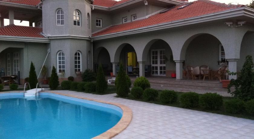 online rezervacije Sunny House