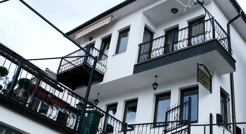online rezervacije Villa Lojza