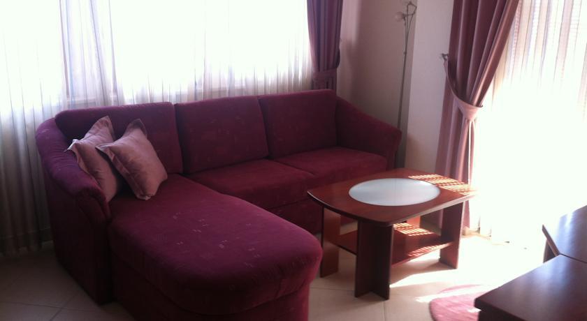 online rezervacije Villa Mia Suites