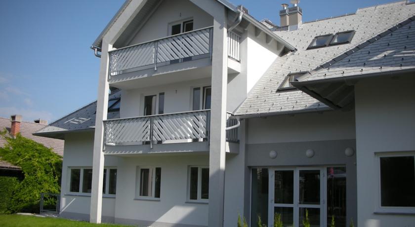 online rezervacije ACE Apartments Bled