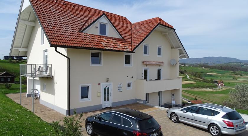 online rezervacije Aparthotel Plevnik
