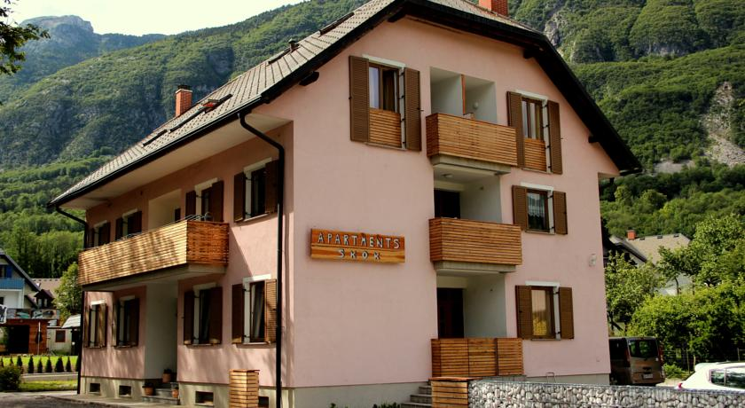 online rezervacije Apartments and Rooms Skok