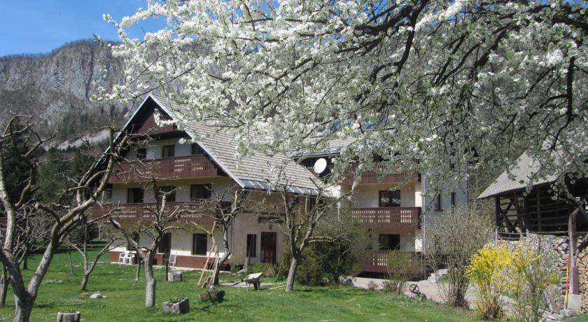 online rezervacije Apartments Arh