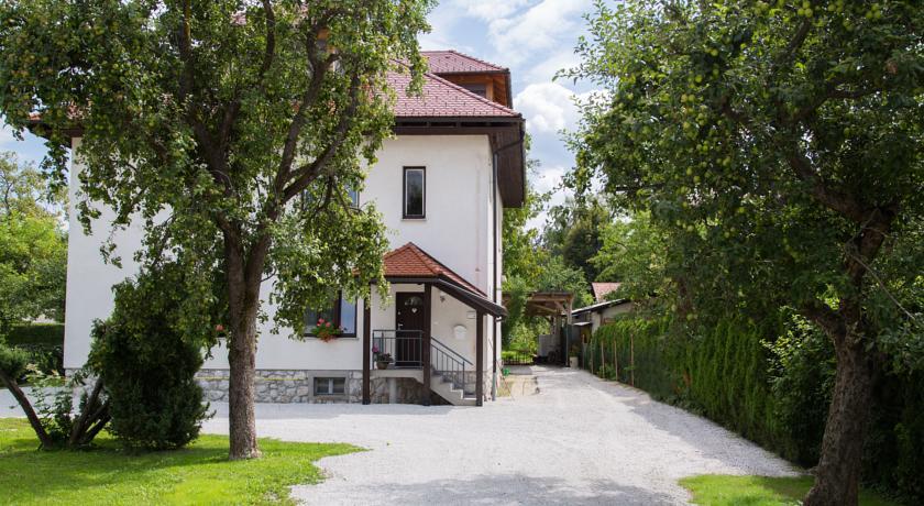 online rezervacije Apartments Koman Bled