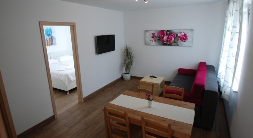online rezervacije Apartments Maraž