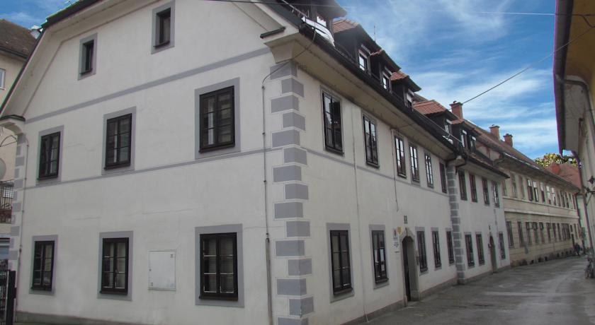 online rezervacije Apartments Old Town