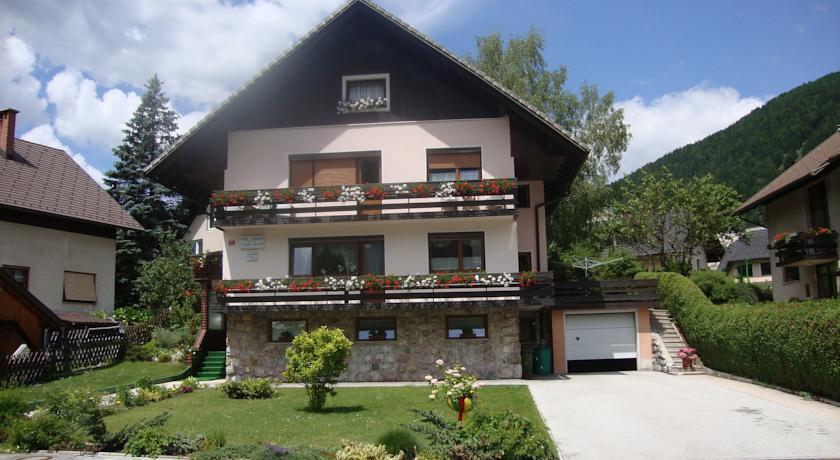 online rezervacije Apartments & Rooms Banić