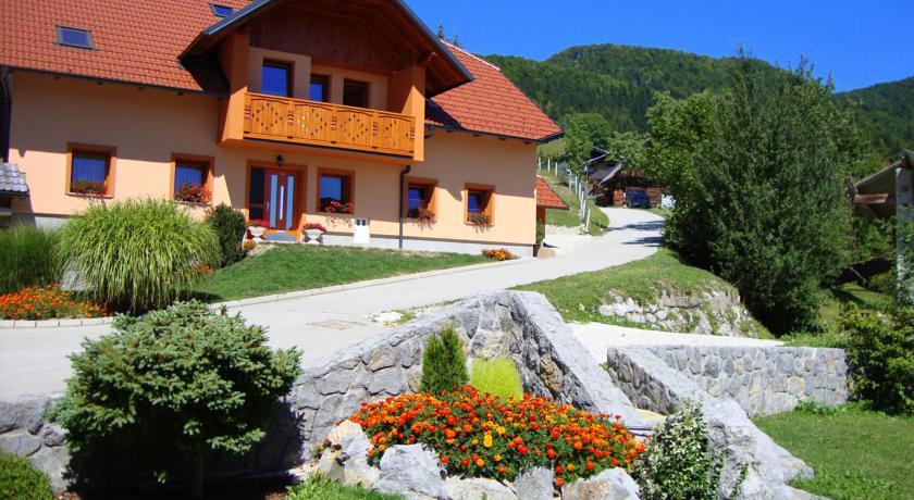 online rezervacije Apartments Trebušak