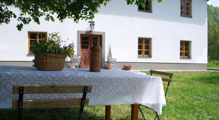 online rezervacije Country House Trata