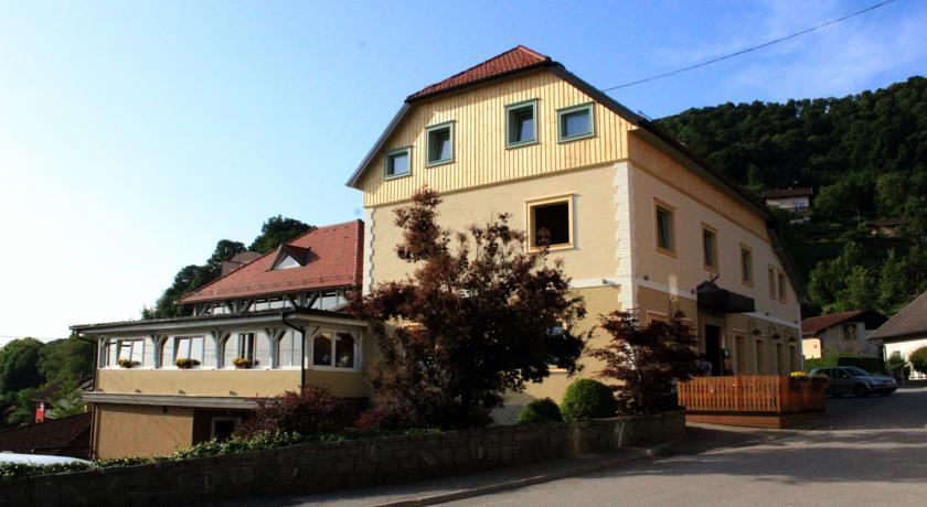 online rezervacije Guesthouse Les