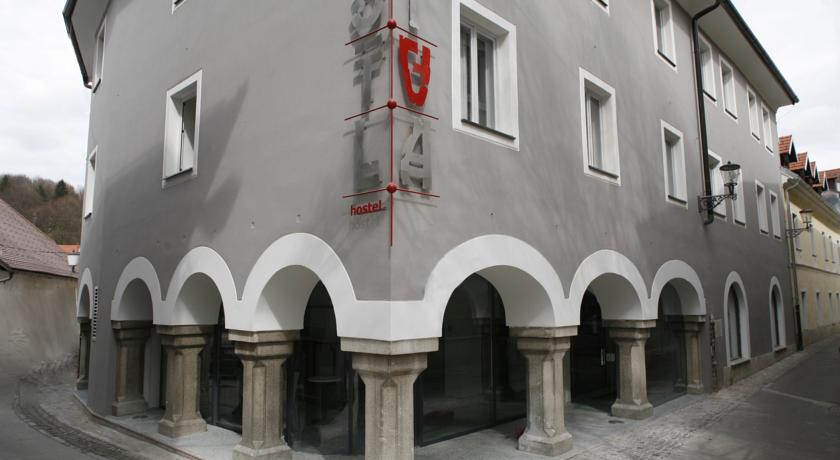 online rezervacije Hostel Situla
