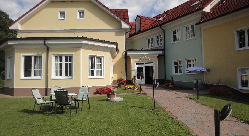 online rezervacije Hotel Cateski Dvorec