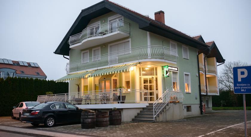 online rezervacije Maj Inn