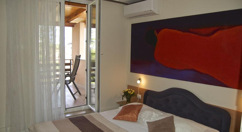 online rezervacije Rooms and Apartments Lisjak