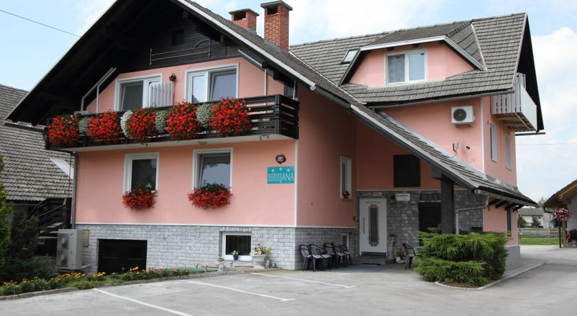 online rezervacije Rooms & Apartments Jana
