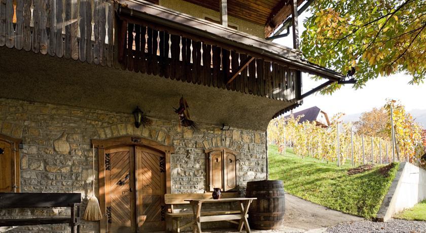 online rezervacije Vineyard cottage Rangus
